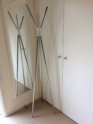 Modern Hat And Coat Stand