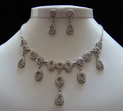 Stunning Vintage Style Necklace & Earrings with Clear Australia Crystals N3034