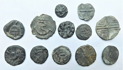 NO RESERVE c1690-1750 Collection of 12 Lead Tokens
