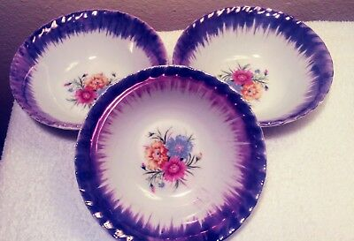 Japanese bowl set of 3. Floral bottom print.