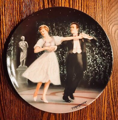 """The Sound Of Music """"LAENDLER"""" Knowles Collector's Plate - (Numbered w/ COA)"""
