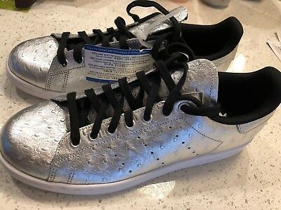 NEW MENS 10 Adidas Stan Smith Silver Leather Lifestyle Sneakers Shoes $95 Retail
