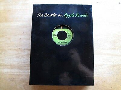 The Beatles on Apple Records by Bruce Spizer 2003 (Hardcover) SIGNED 17 / 500