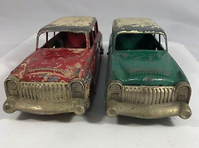 Vintage Pair of Hubley Vehicles Green Red Matching Sedan Car Lot Rubber 50 Tires