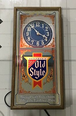Old Style light up clock