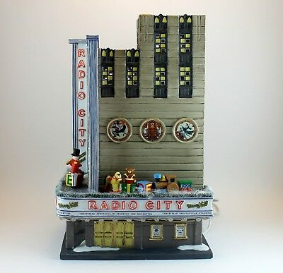 2002 Department 56 Christmas in the City Series Radio City Music Hall No Box