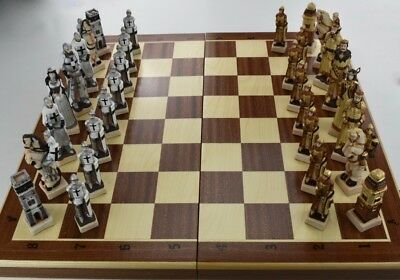 """EXCLUSIVE """"GRUNWALD"""" CHESS SET 60 x 60 cm - BEAUTIFUL HAND PAINTED PIECES"""