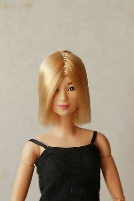 Blond short wig for Barbie doll 4 inch