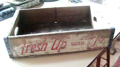ATQ 1964 Fresh Up with 7up Soda Crate White Red Treen & Dreyer Stoner Beverage
