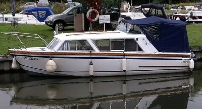 1980 Eastwood 24ft Boat Cabin Cruiser