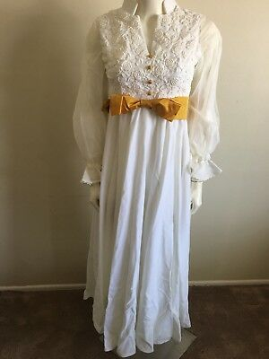 Vintage White Wedding Dress With Veil 70's