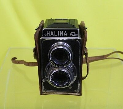 Halina VINTAGE 1950's Box Camera With Leather Case #DAF