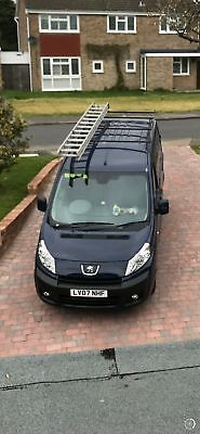 Peugeot Expert Van 2.0 with roof rack