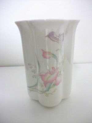 Toyo China Vase Floral Pattern Misty Made In Japan