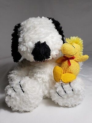 """7.5"""" Snoopy holding Woodchuck Plush Made exclusive for Cedar Fair with Tags"""