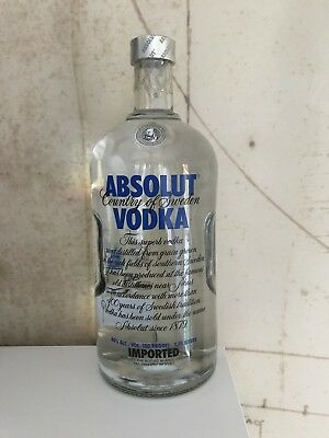 $$ Absolut Vodka Blue Label 1750 Ml Old Style New & Sealed Perfect Condition $$