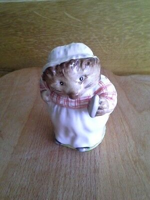 Beswick Beatrix Potter MRS TIGGYWINKLE Gold Backstamp BP2