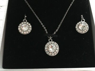 Eternity Swarovski Crystals Set Ohrringe und  Kette