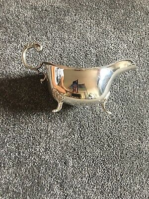 Mappin & Webb Sauce/Gravy Boat And Stand - Silver Plated