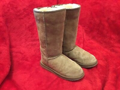 Aussie Dogs Shearling Boots Size M8/W9 (Better than UGG...Be Unique and Warm!)