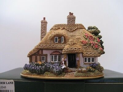 """Lilliput Lane L2243 """"LAVENDER LANE"""" New, in excellent condition with deed"""