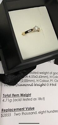Ladies 18ct Yellow Gold Diamond Ring NIB comes With Certificate RRP $2,855
