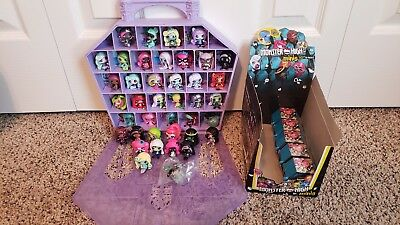 MONSTER HIGH MINIS SEASON 1 2 DOLL GEEK CHALKBOARD MERMAID LOT 40+ and case