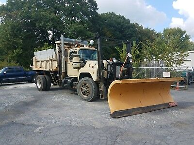 1989 Mack Dump Truck with Plows