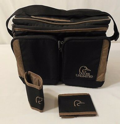 Ducks Unlimited 6-Count Top Access Cooler with 2 Zippered Pockets & 2 Can Wraps
