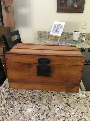 Wonderful Old Vintage Doll Wooden Trunk with Tray Toy Childs Paper