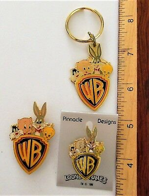 Wb Sylvester, Porky Pig, Bugs Bunny, Tweety Pin, Key Chain & Magnet Combo!!!!!!