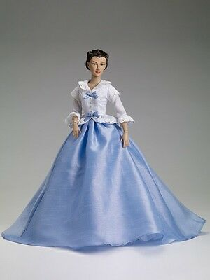 "Scarlett O'hara Vivien Leigh Gone  With The Wind "" Sewing Circle "" Tonner Doll"