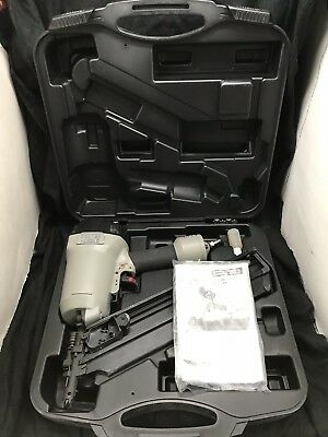 PORTER CABLE FC350A Clipped Head Framing Nailer with HARD CASE