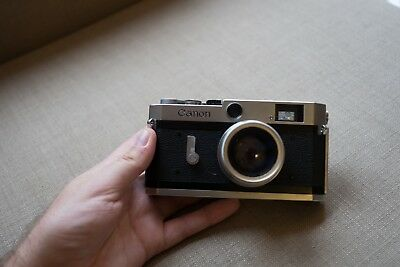 Canon-P Vintage 1958 Japanese Rangefinder Camera. Recently Serviced. Free Lens.