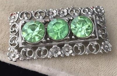 Beautiful Vintage Art Deco Floral Design Brooch With Peridot Crystals