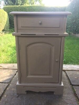Small French Grey Chest in Good Condition 65cm x 36cm