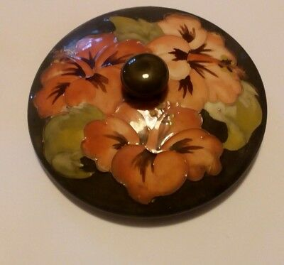 W Moorcroft Hibiscus Lid With Label