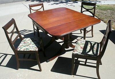 Antique Dining Room Table & Chairs Claw Foot