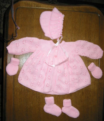 Baby pink Matinee Set Coat Bonnet Booties mitts Hand Knitted 0 to 3 months  NEW