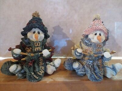 """Boyd Bears Wee Folkstone Collection """"Pearl The Knitter & Pearl Too The Knitter"""""""