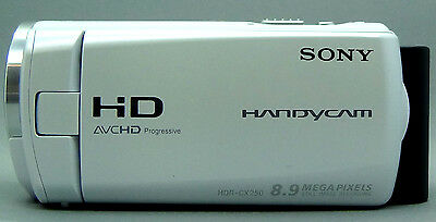 "Sony HDR CX250 Full HD Camcorder 30x Zoom 5.43 MPix 3"" Touchscreen 32 GB card"