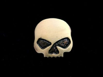 Biker Pin Chopper Motorrad V-Twin Custom Half Skull Totenkopf Button
