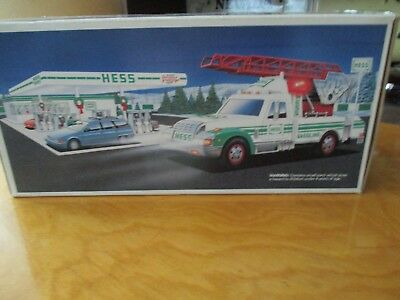 1994 Hess Rescue Truck sounds lights-collectible-MINT-NIB