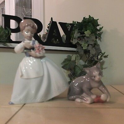 NAO BY LLADRO GIRL with FLOWERS & KITTY'S CHRISTMAS FAST SHIPPING!!!