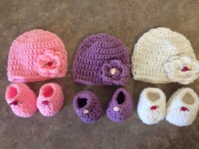 Crochet Hat & 3 Inch Booties Set newborn -3 month baby Photo Prop Gift Lot Of 3