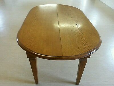 Early to Mid 20th century Solid Oak Oval Table
