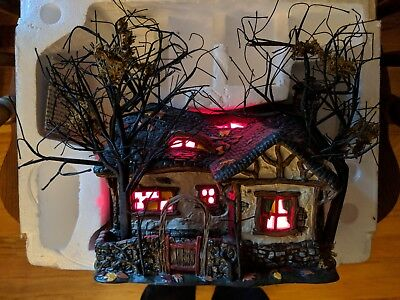 Deep Woods Haunt Halloween Snow Village Dept. 56 Original packaging/ box 805675