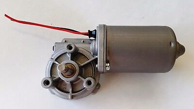 12V Volt DC Electric Gearmotor / 104 RPM / Reversible / Right Angle / Gear Motor