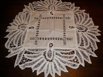 vintage  lace type small tablecloth round style
