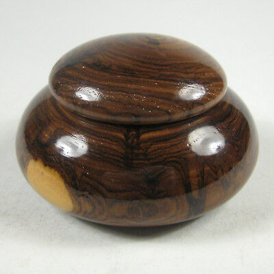 Wooden Bowl and Lid Wood Box Made from One Piece Wood